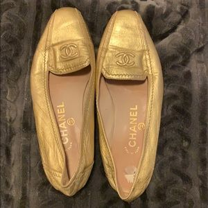 Authentic Chanel flats!
